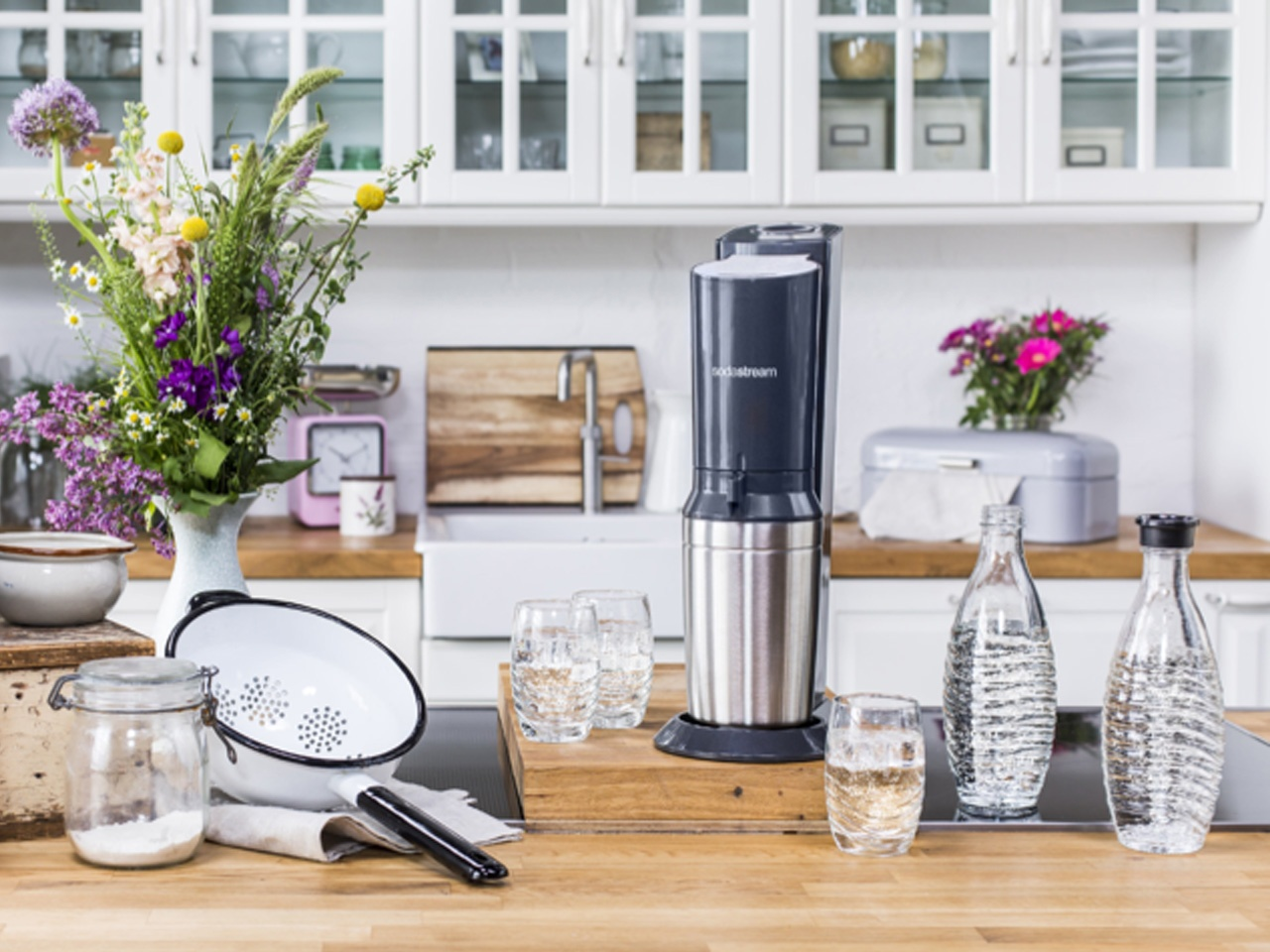Sodastream lance la machine crystal avec sa carafe en verre Made in France !